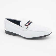 SM055 - White Shoes
