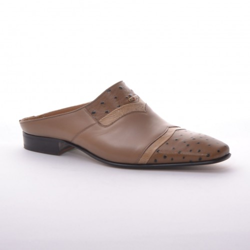 RM018 - Taupe